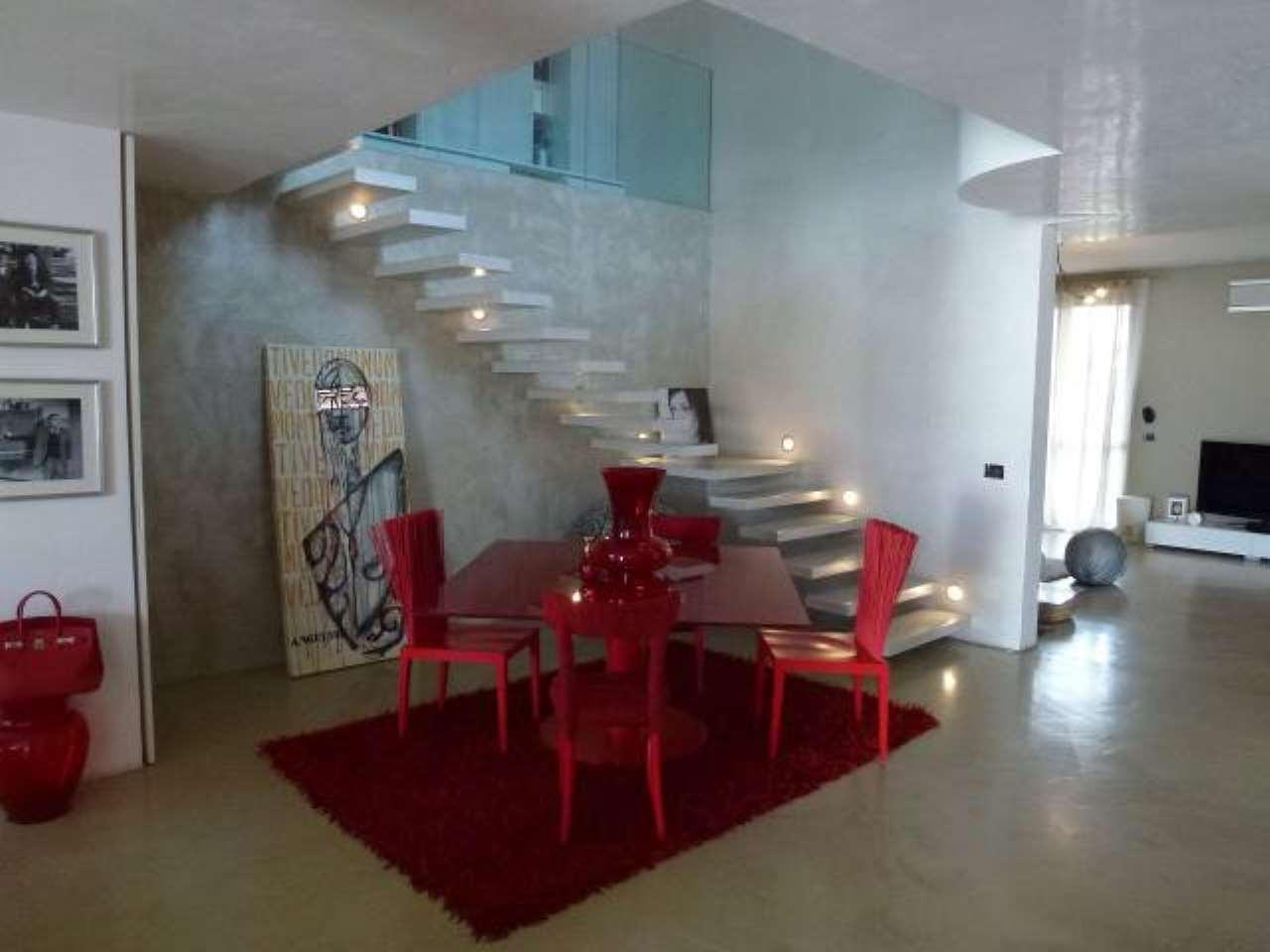Villa in vendita a Caresanablot, 6 locali, prezzo € 390.000 | CambioCasa.it