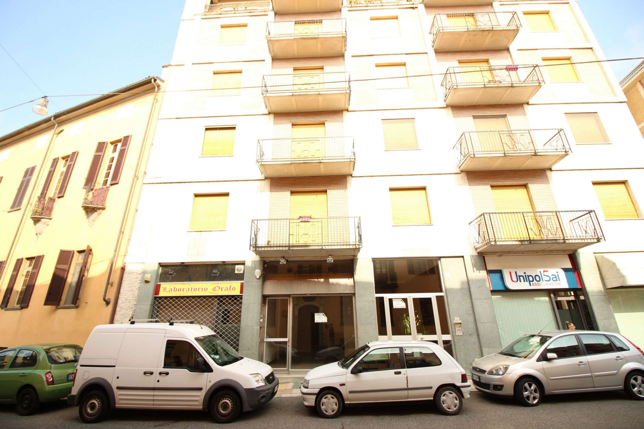 Immobile Commerciale in affitto a Vercelli-http://media.getrix.it/1/6846/2577160416_hd.jpg