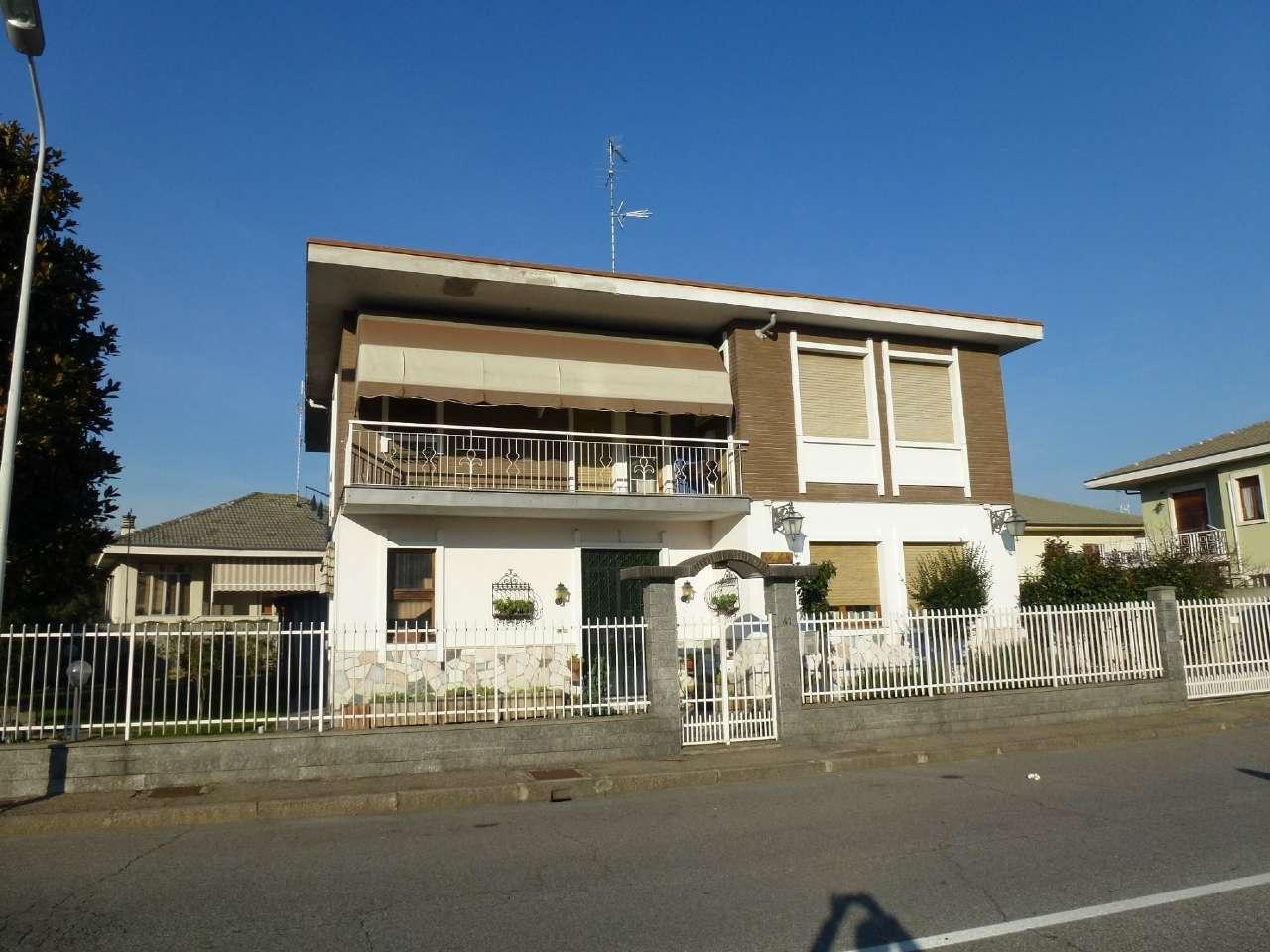 Villa Bifamiliare in Vendita a Vercelli