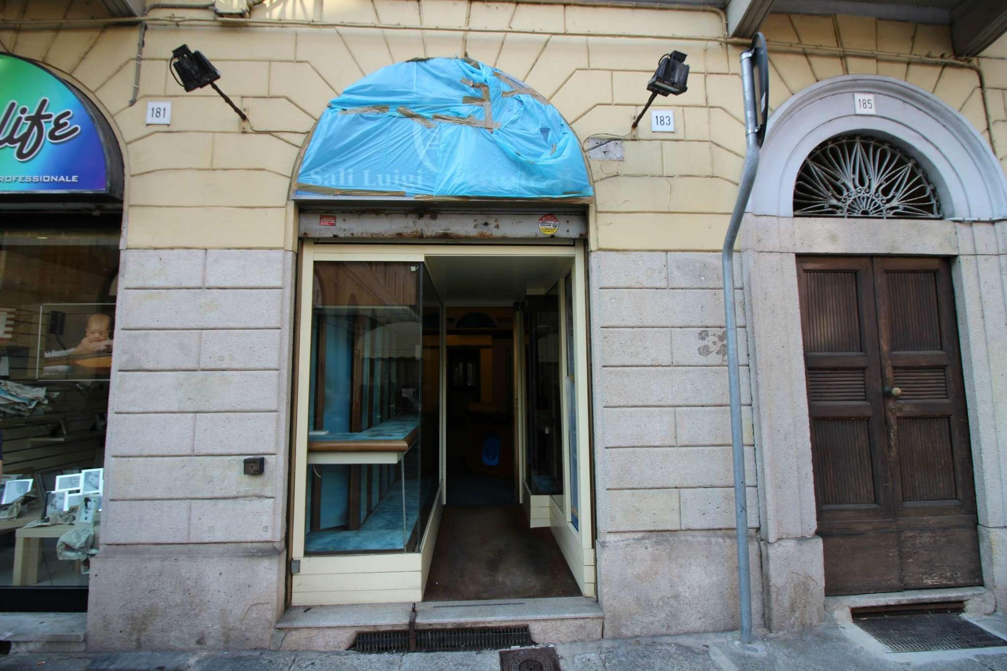 Negozio / Locale in affitto a Vercelli, 2 locali, prezzo € 600 | CambioCasa.it