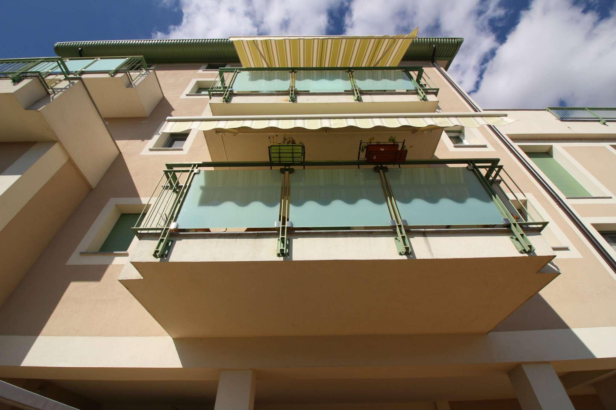 Appartamento in vendita a Vercelli, 3 locali, prezzo € 165.000   CambioCasa.it