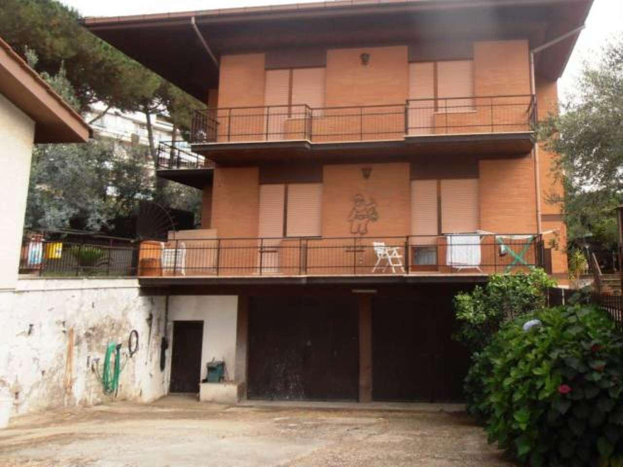 Attico / Mansarda in affitto a Albano Laziale, 2 locali, prezzo € 400 | Cambio Casa.it