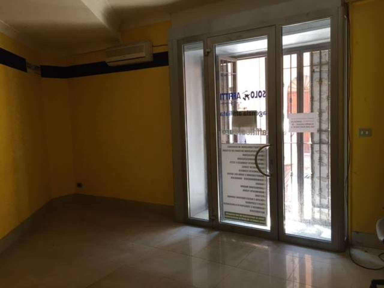Negozio / Locale in affitto a Albano Laziale, 2 locali, prezzo € 700 | CambioCasa.it