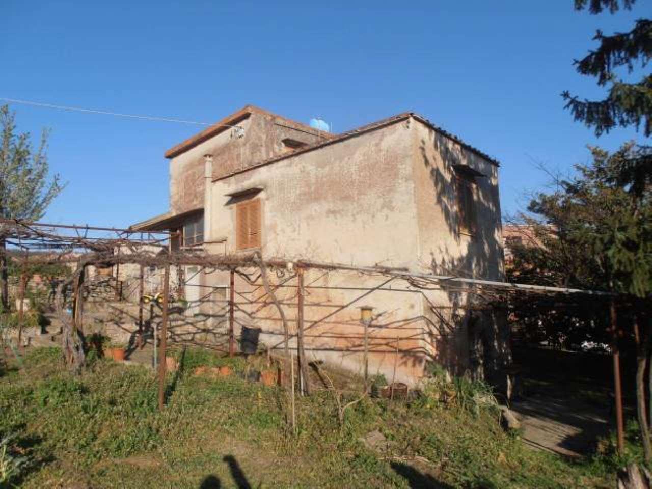 Villa in vendita a Albano Laziale, 5 locali, prezzo € 249.000 | CambioCasa.it
