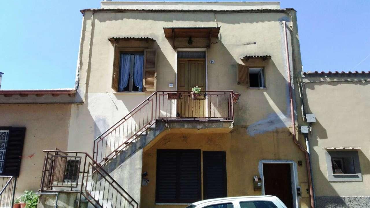 Attico / Mansarda in affitto a Ariccia, 2 locali, prezzo € 500 | CambioCasa.it