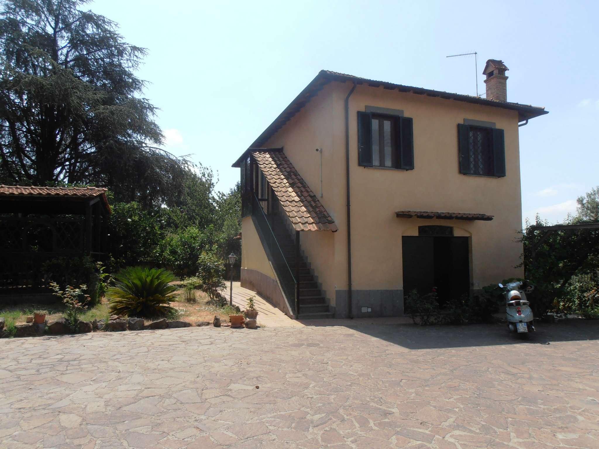 Soluzione Indipendente in vendita a Albano Laziale, 5 locali, prezzo € 329.000 | CambioCasa.it