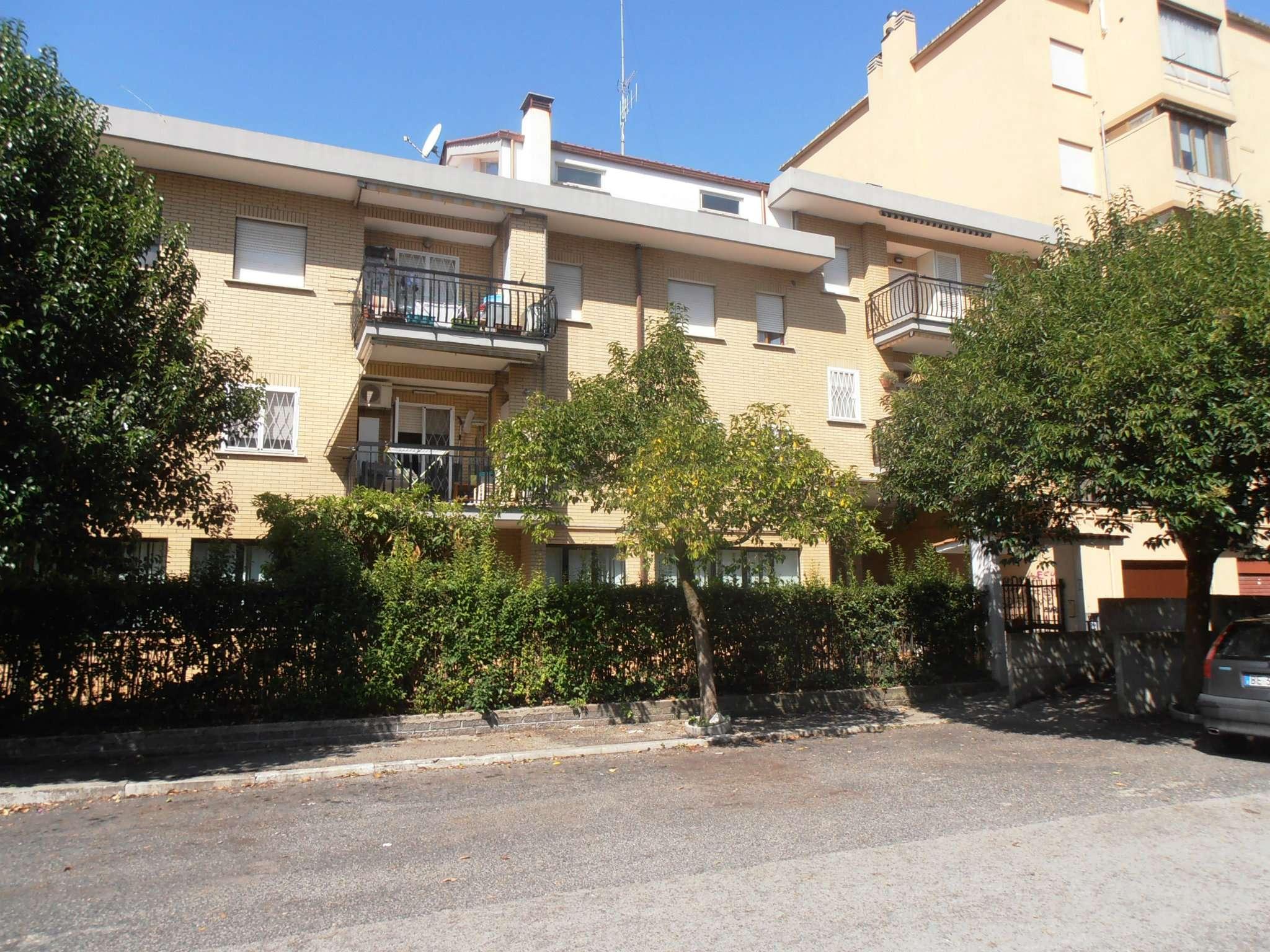 Attico / Mansarda in vendita a Genzano di Roma, 3 locali, prezzo € 105.000 | CambioCasa.it