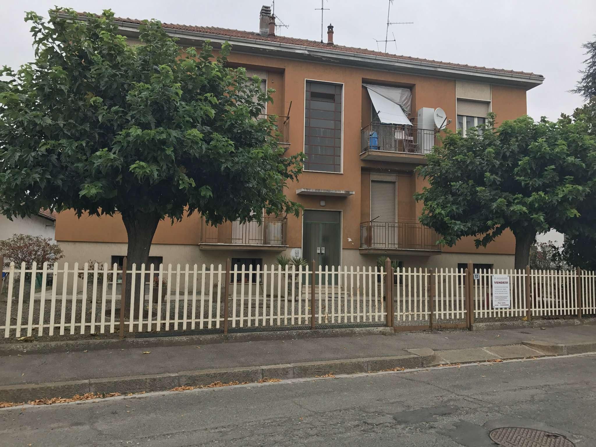 Palazzo / Stabile in vendita a Alessandria, 16 locali, prezzo € 150.000 | CambioCasa.it