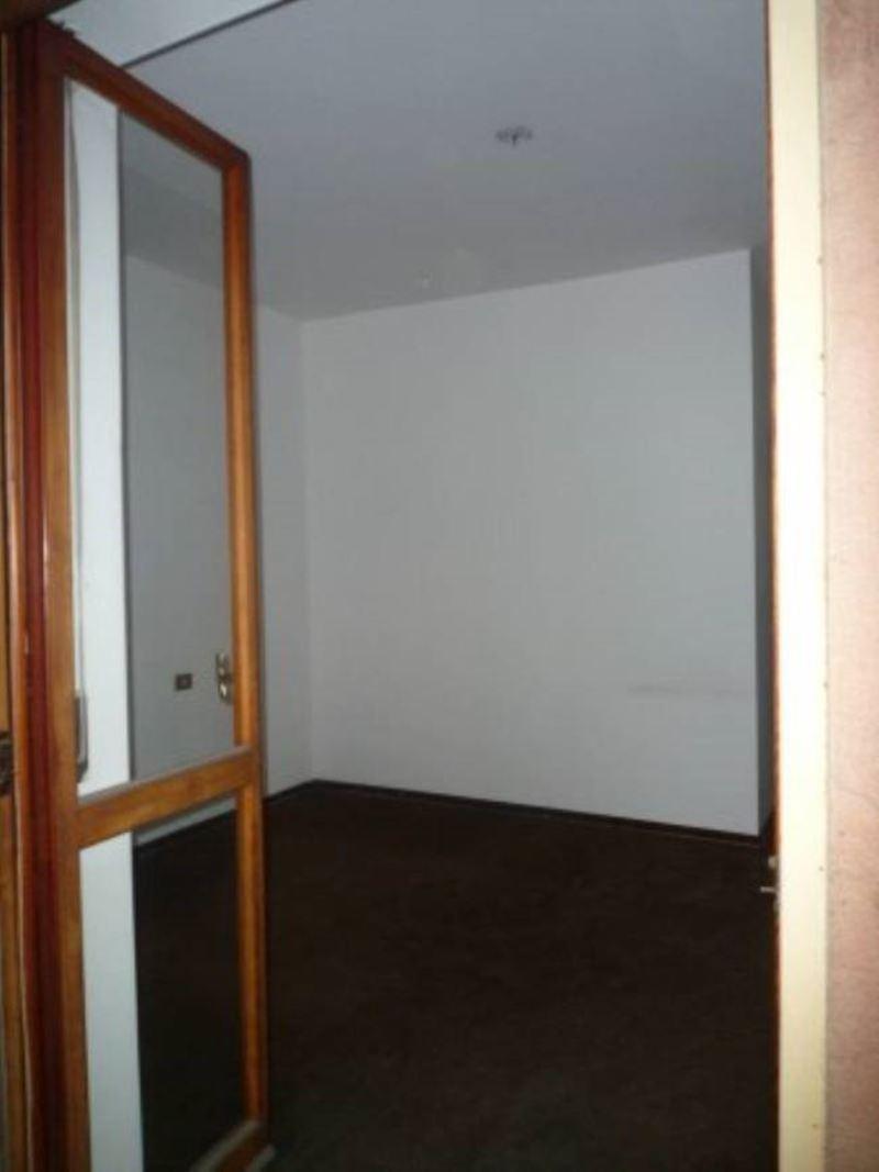 Appartamento in Vendita a Segrate: 4 locali, 185 mq - Foto 5