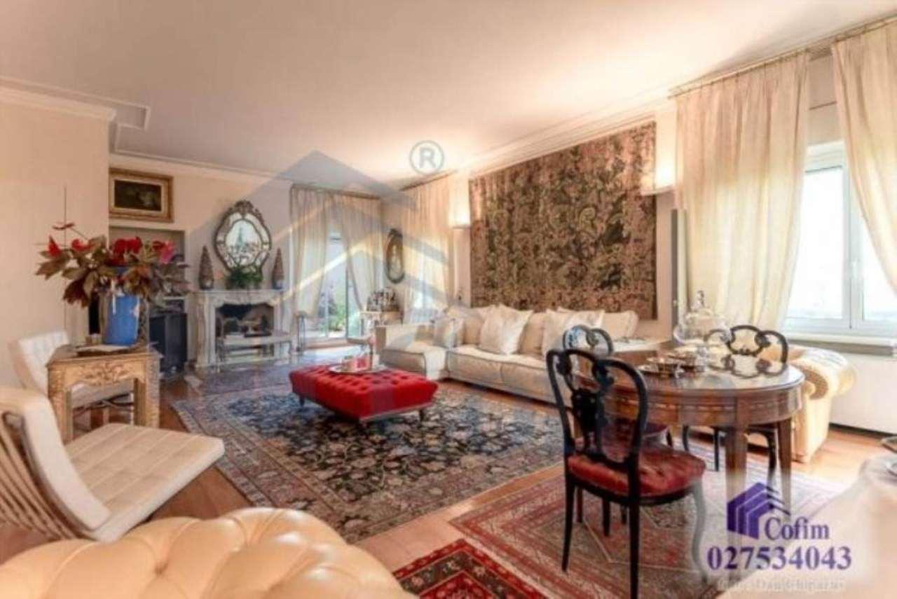 Attico / Mansarda in vendita a Segrate, 10 locali, prezzo € 1.150.000 | CambioCasa.it
