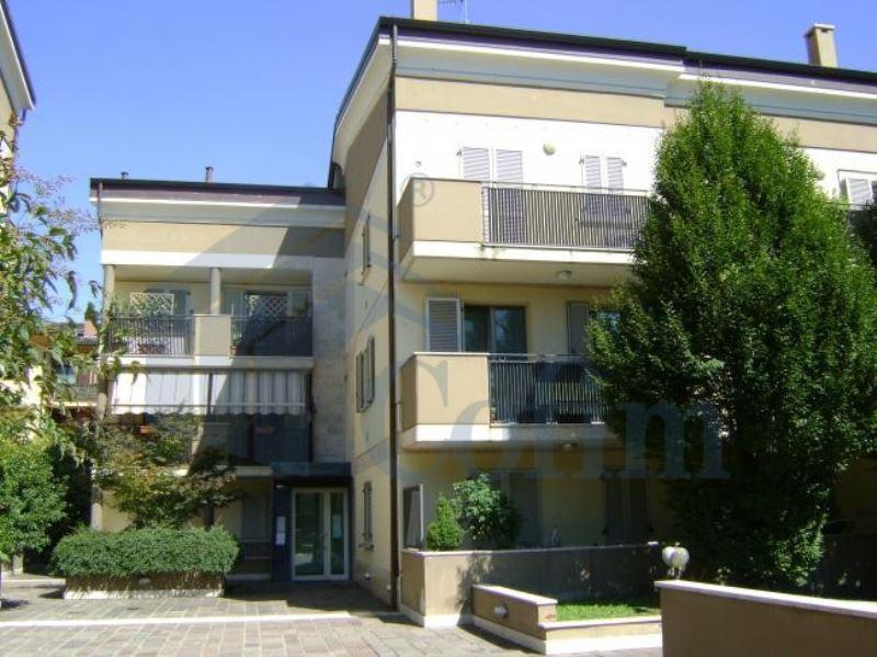 Appartamento in affitto a Peschiera Borromeo, 1 locali, prezzo € 400 | Cambio Casa.it