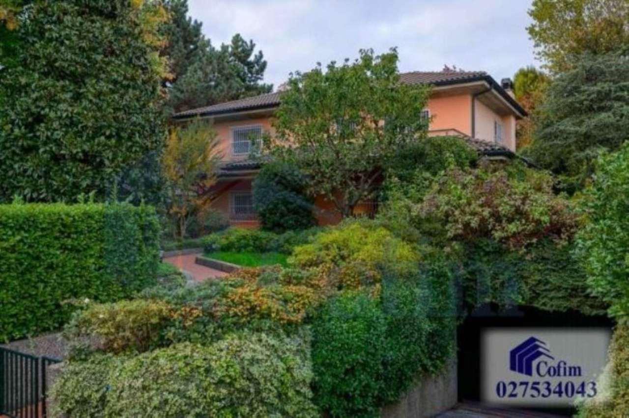 Villa in vendita a Segrate, 10 locali, prezzo € 1.980.000   Cambio Casa.it