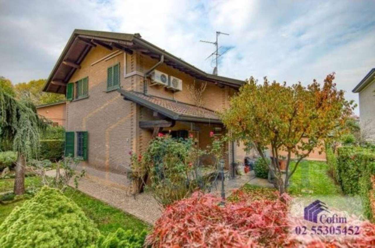 Villa in vendita a Tribiano, 6 locali, prezzo € 430.000 | Cambio Casa.it