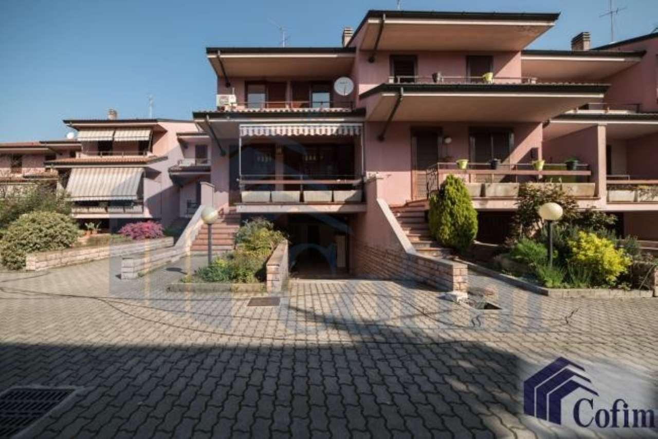 Villa a Schiera in Vendita a Peschiera Borromeo