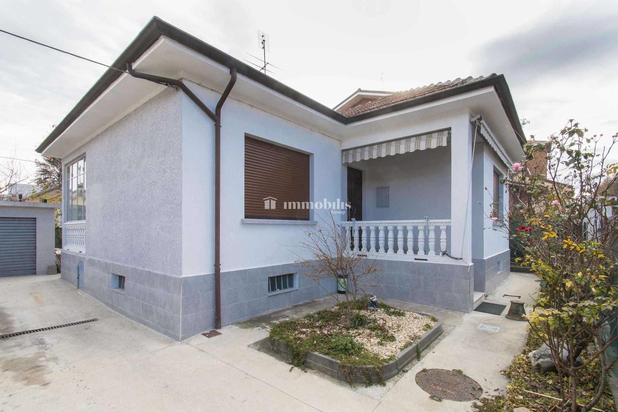Soluzione Indipendente in affitto a Grugliasco, 4 locali, prezzo € 980 | CambioCasa.it