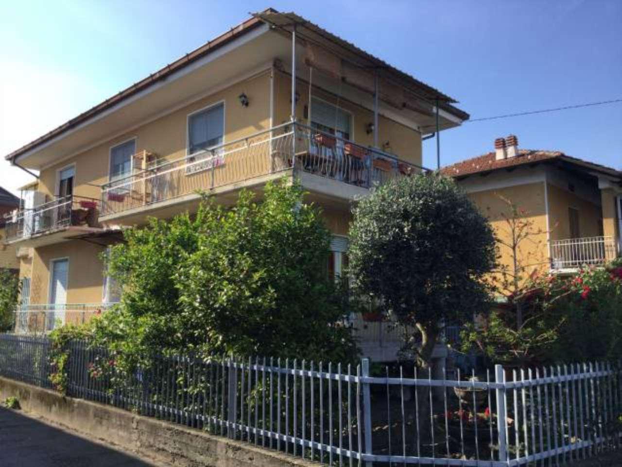 Soluzione Indipendente in vendita a Ciriè, 4 locali, prezzo € 200.000 | CambioCasa.it