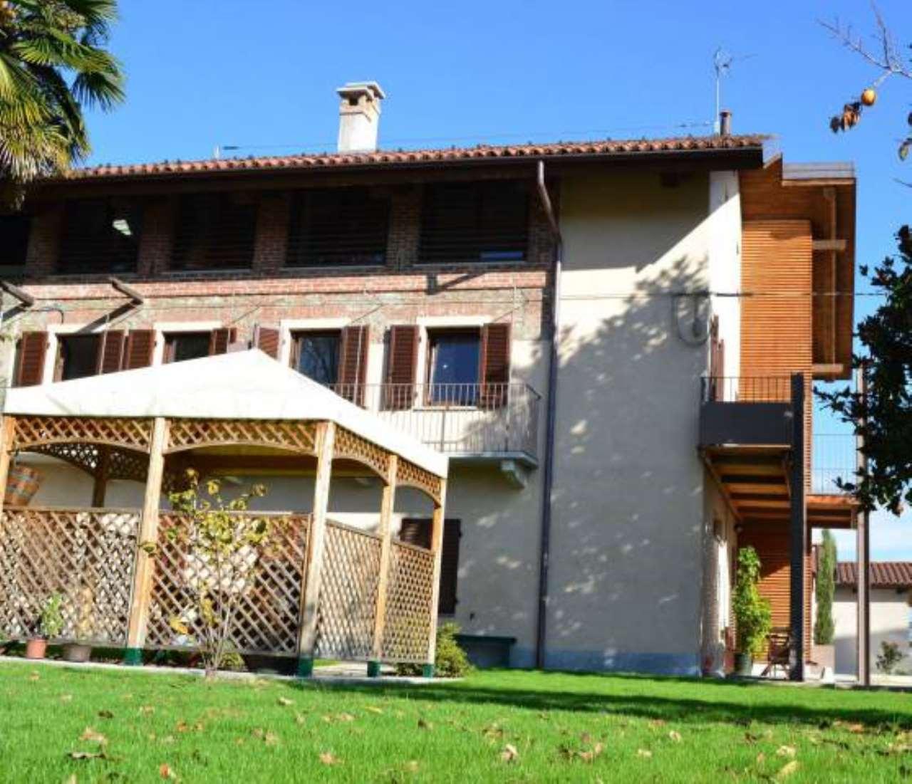 Attico / Mansarda in affitto a San Carlo Canavese, 2 locali, prezzo € 480 | CambioCasa.it