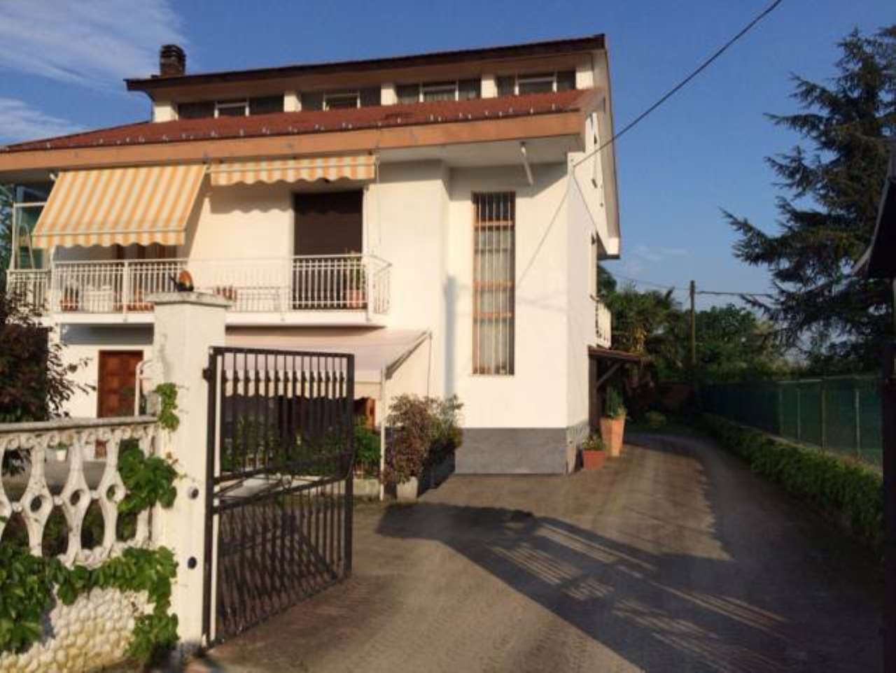 Soluzione Indipendente in vendita a Robassomero, 6 locali, prezzo € 295.000 | CambioCasa.it