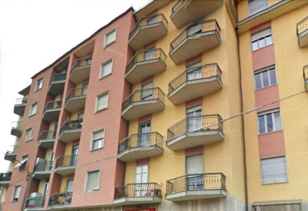 Appartamento in vendita a Lanzo Torinese, 4 locali, prezzo € 75.000 | CambioCasa.it