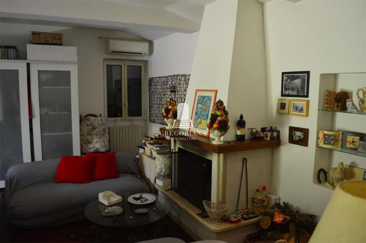 Soluzione Indipendente in affitto a Roma, 2 locali, zona Zona: 42 . Cassia - Olgiata, prezzo € 1.000 | CambioCasa.it