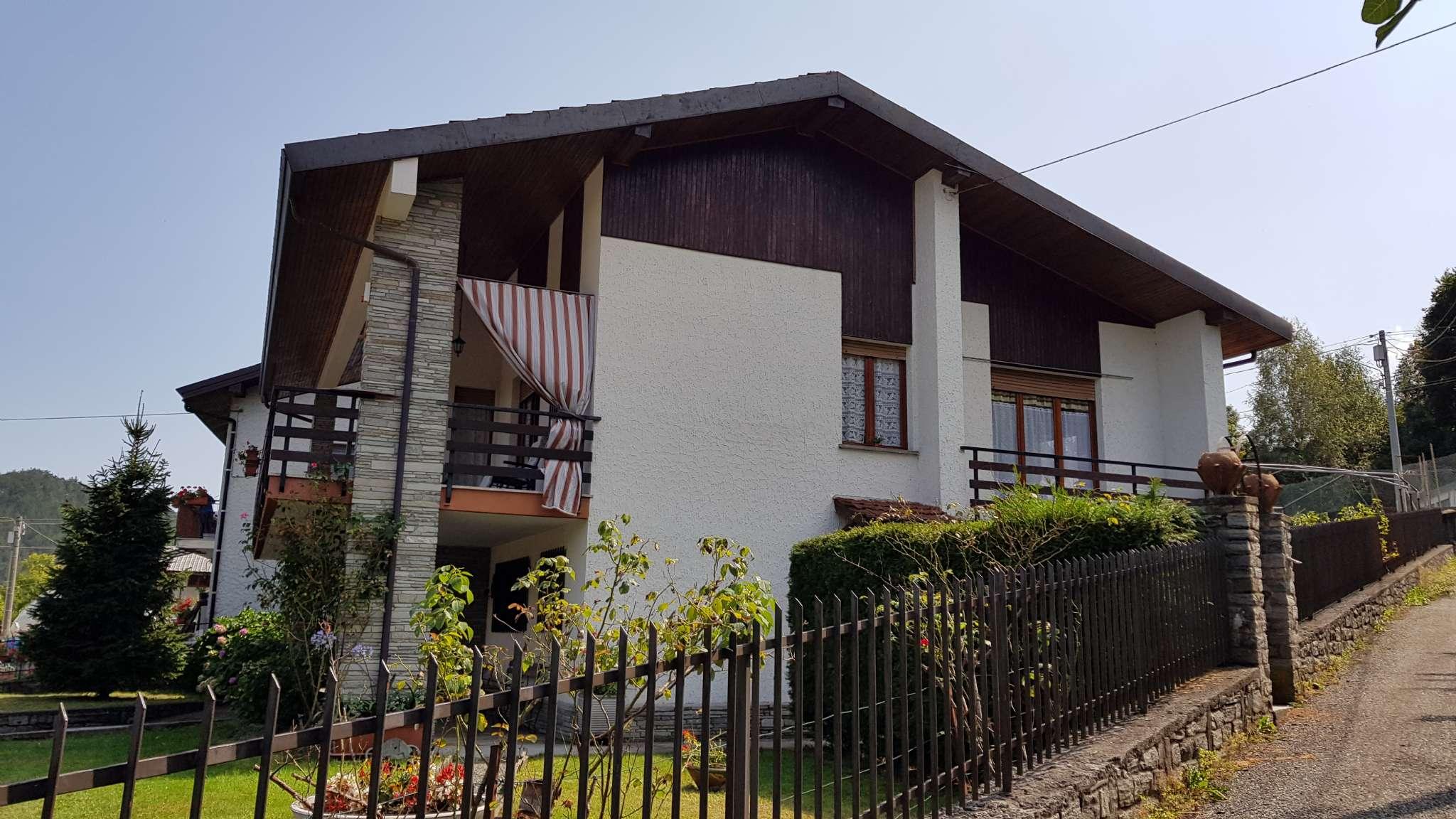 Foto 1 di Appartamento Regione Malerba, Traves