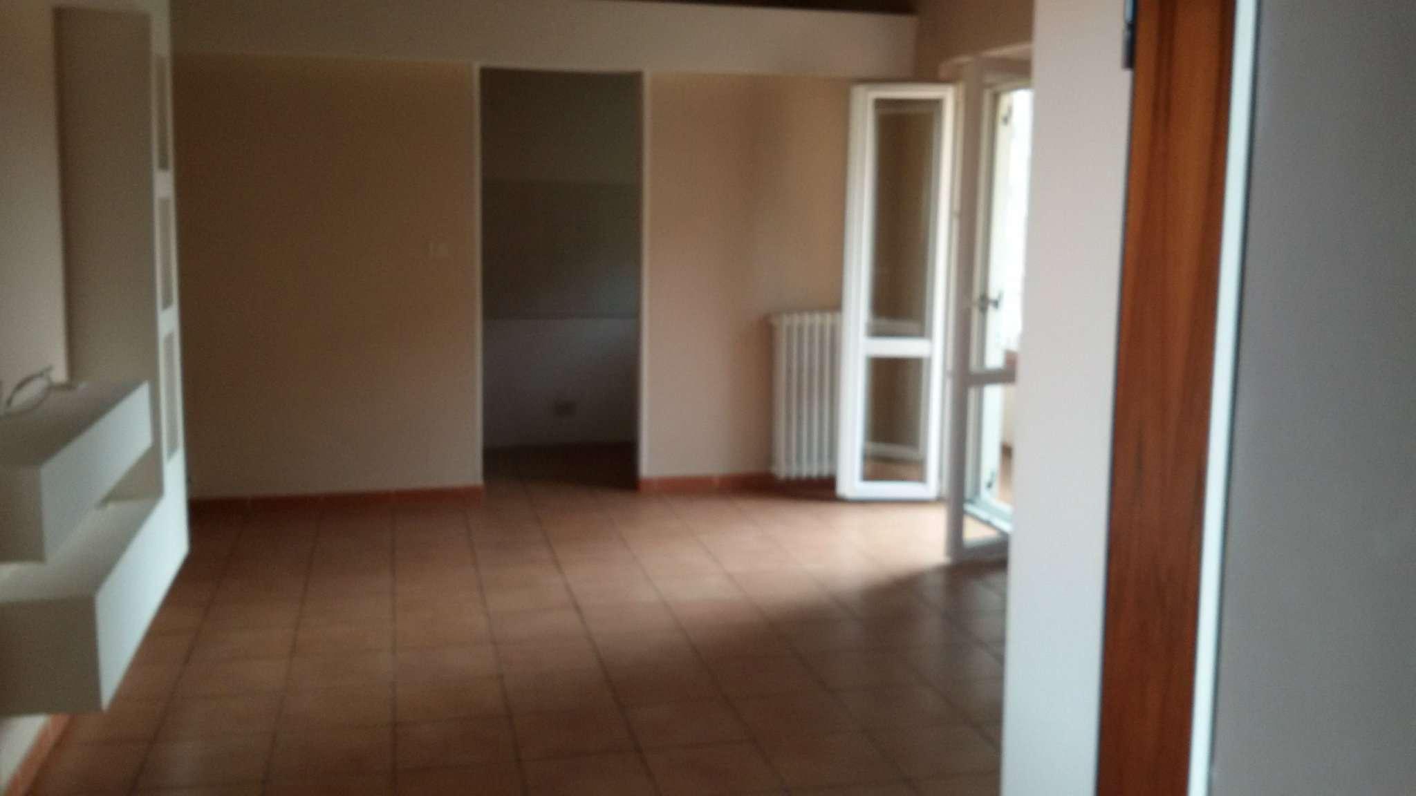 Appartamento in Affitto a Chivasso