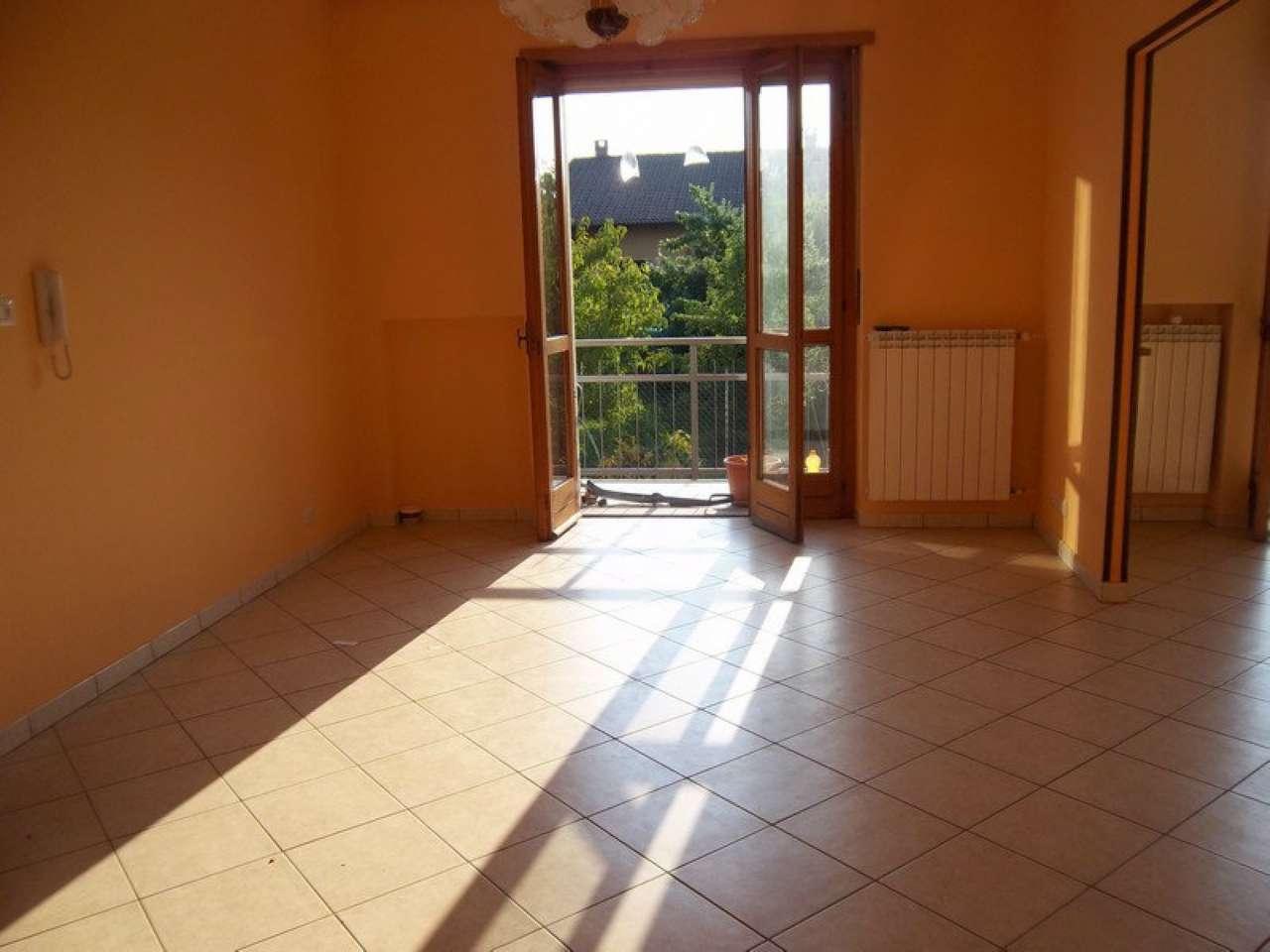 Appartamento in affitto a Chivasso, 4 locali, prezzo € 500 | CambioCasa.it