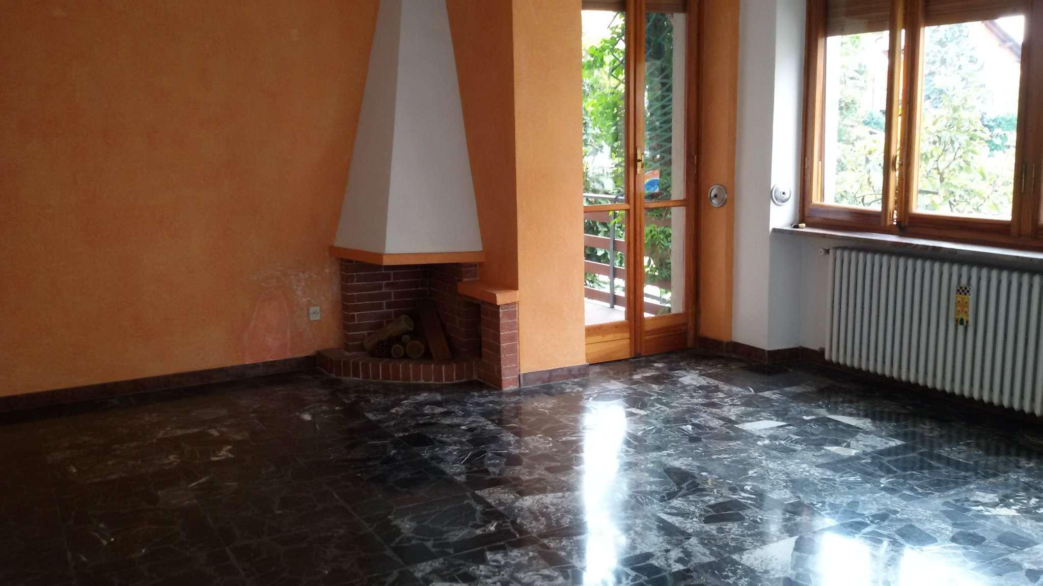 Appartamento in affitto a Brandizzo, 5 locali, prezzo € 550 | CambioCasa.it