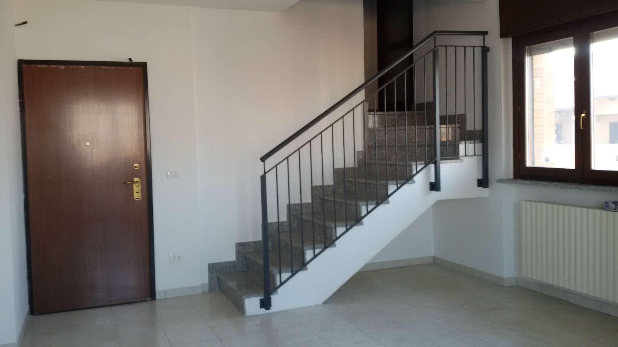 Appartamento in affitto a Chivasso, 5 locali, prezzo € 700 | CambioCasa.it