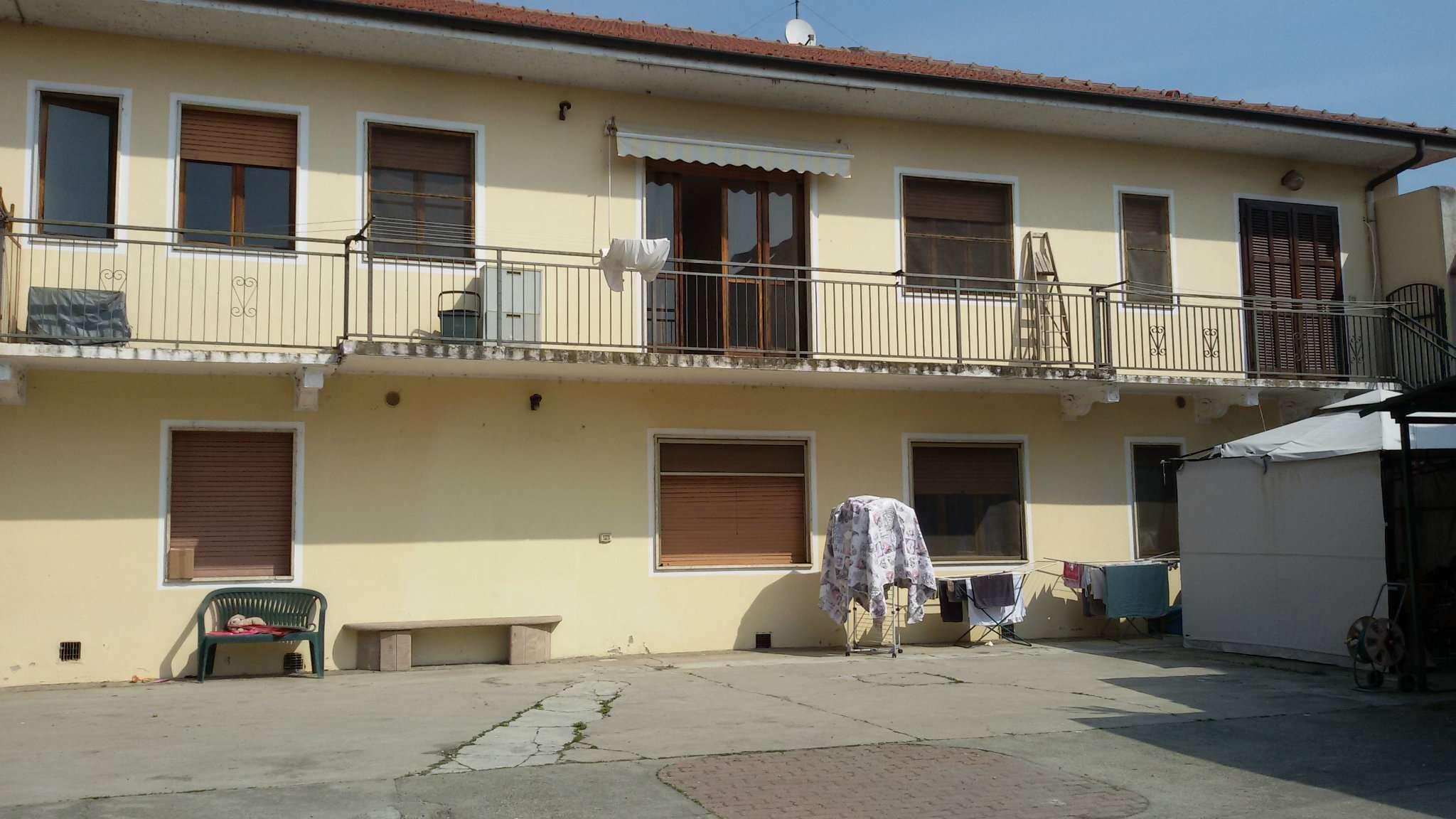 Foto 1 di Quadrilocale via santa margherita 6, frazione Castelrosso, Chivasso