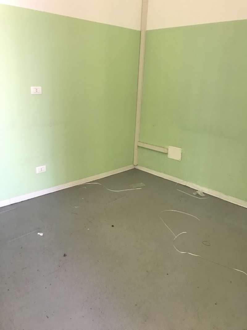 Laboratorio in affitto a Bra, 5 locali, prezzo € 750 | CambioCasa.it