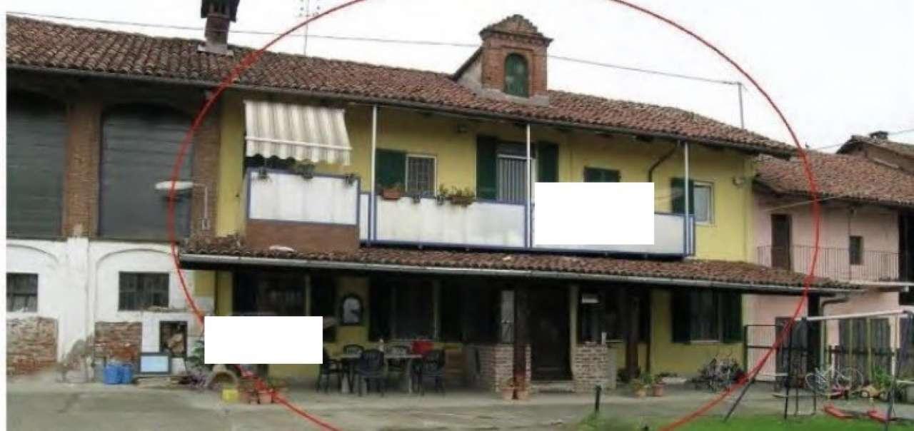 Soluzione Indipendente in vendita a Bra, 8 locali, prezzo € 53.476 | CambioCasa.it