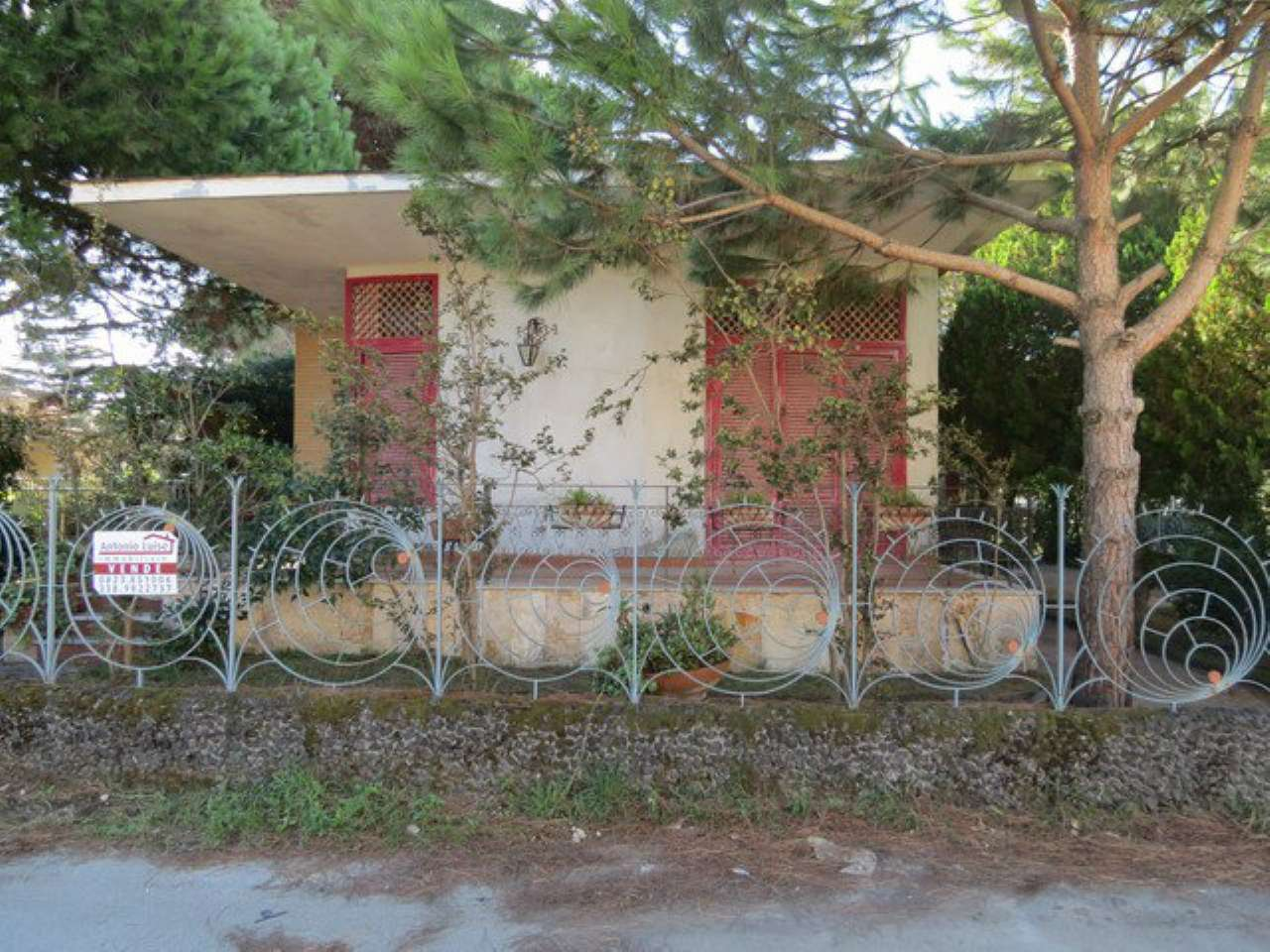 Villa in vendita a Castel Volturno, 3 locali, prezzo € 90.000 | CambioCasa.it