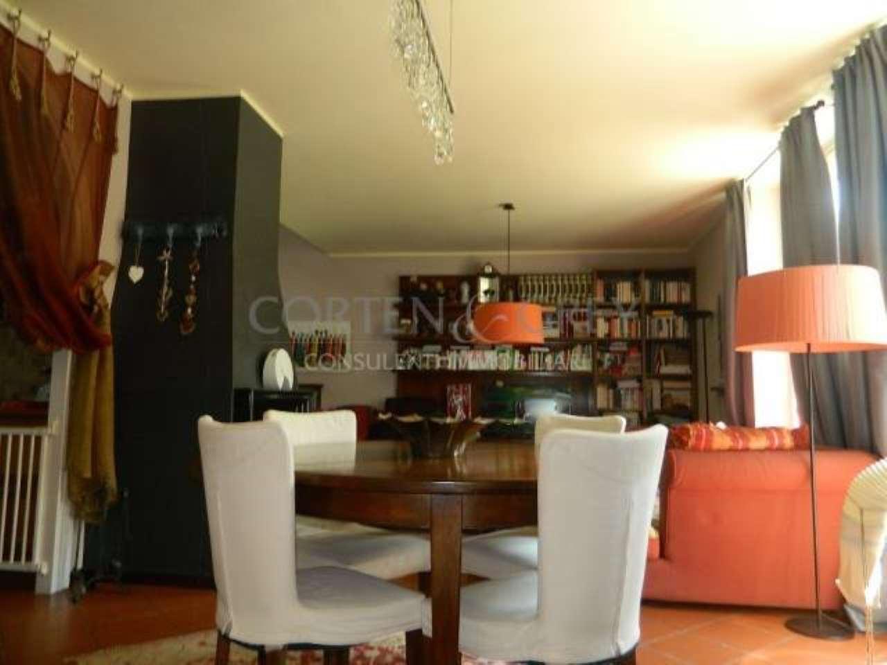 Villa in vendita a Castiglione Torinese, 5 locali, prezzo € 398.000 | CambioCasa.it