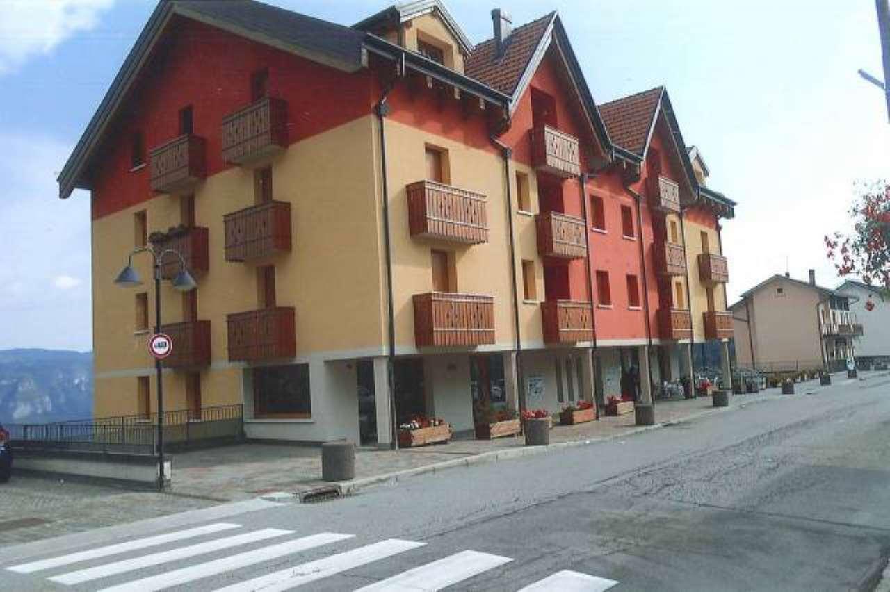Appartamento in vendita a Tonezza del Cimone, 4 locali, prezzo € 250.000 | CambioCasa.it