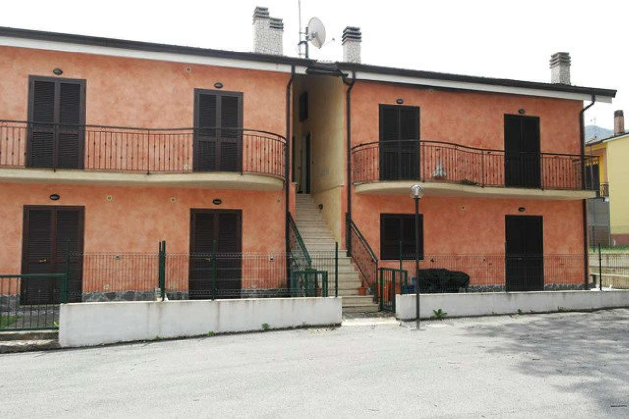 Appartamento in vendita a Bojano, 2 locali, prezzo € 40.000 | CambioCasa.it