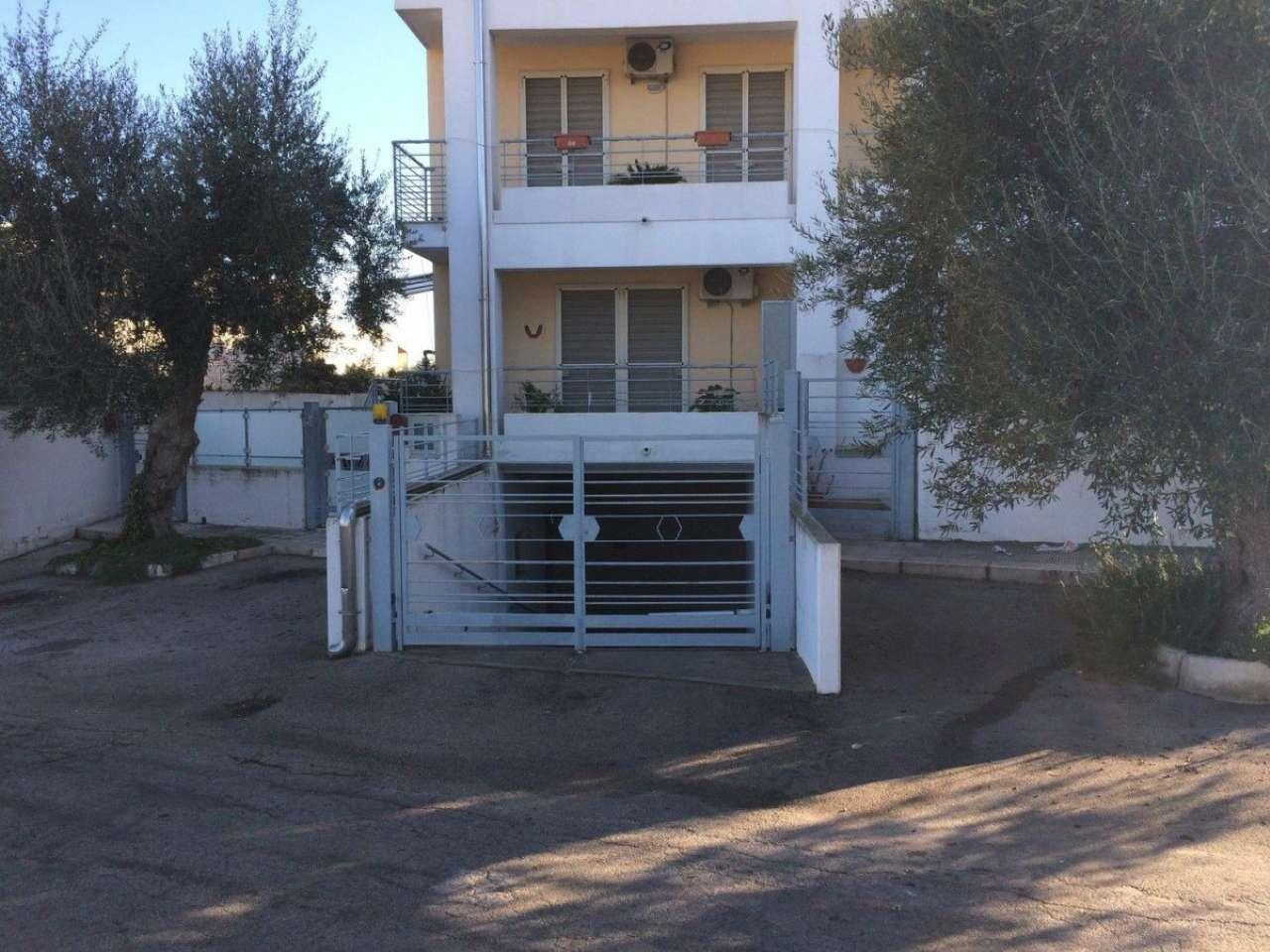 Box / Garage in vendita a Bitetto, 1 locali, prezzo € 18.000 | CambioCasa.it