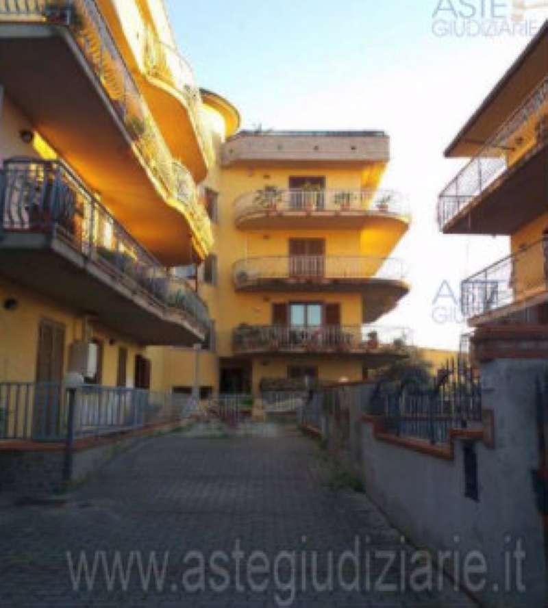 Foto 1 di Trilocale via guglielmo marconi 40, Monsummano Terme