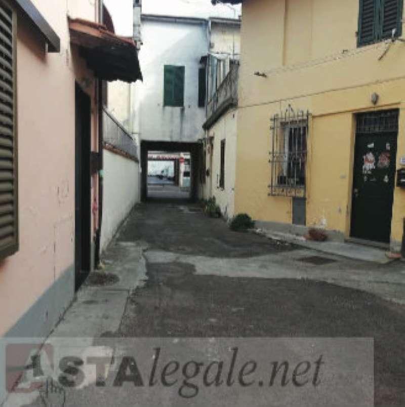 Foto 1 di Attico / Mansarda via vincenzo da filicaia 33, Prato (zona Santa Lucia, V.le Galilei, Coiano)