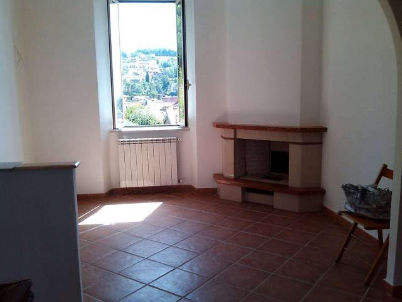 Appartamento in vendita a Fiuggi, 2 locali, prezzo € 49.000   CambioCasa.it