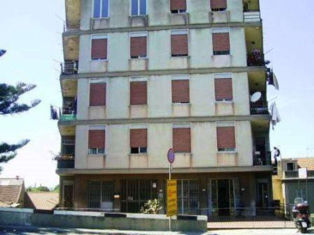 Appartamento in affitto a Saponara, 2 locali, prezzo € 320 | CambioCasa.it
