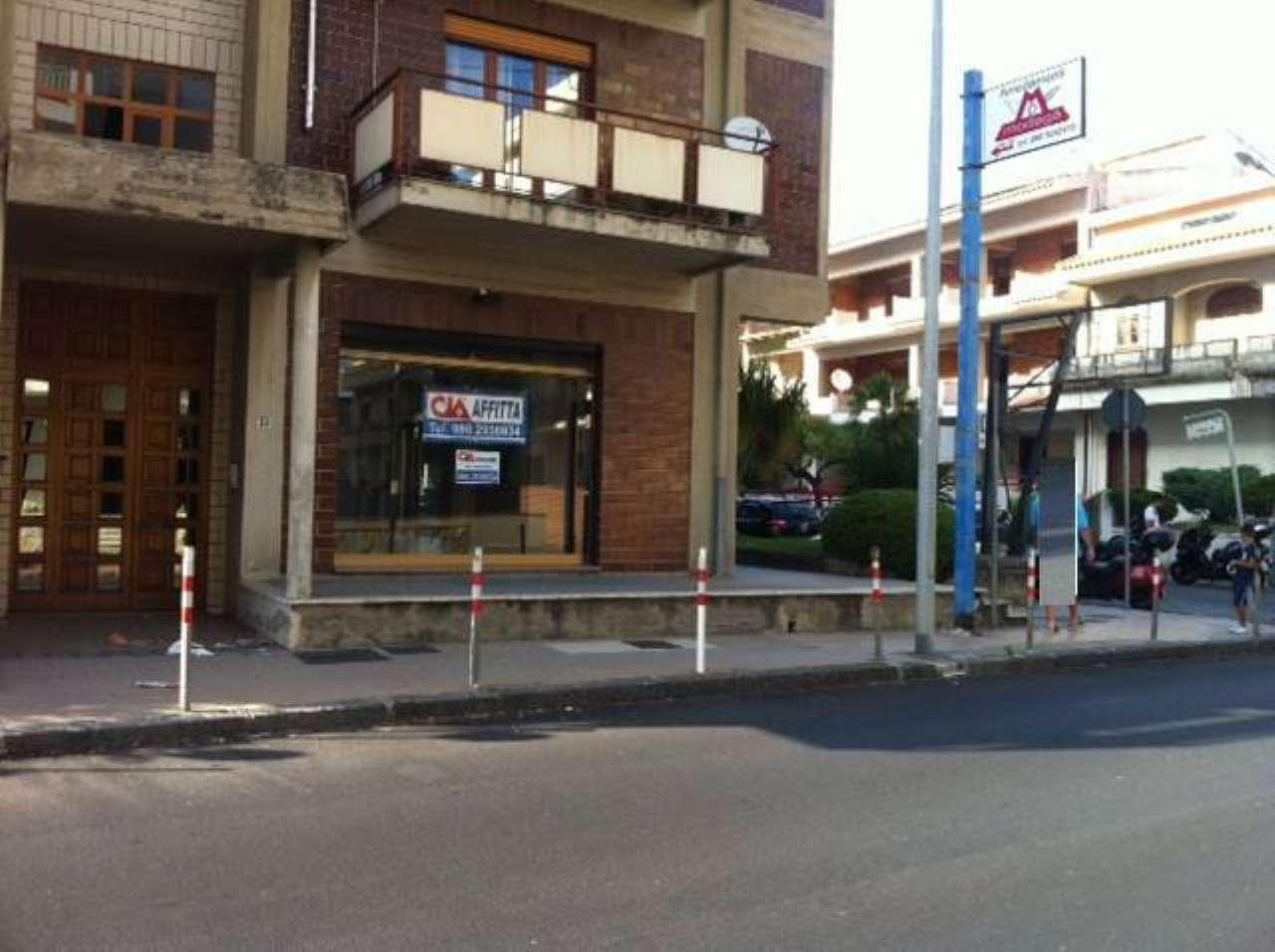 Negozio / Locale in vendita a Monforte San Giorgio, 1 locali, prezzo € 220.000 | CambioCasa.it