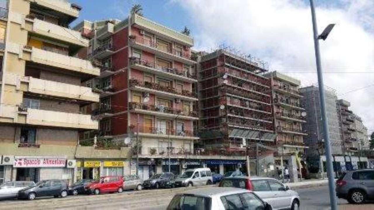 Appartamento in affitto a Messina, 6 locali, prezzo € 850 | CambioCasa.it