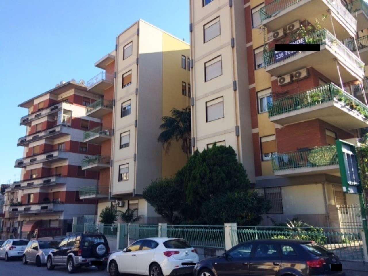 Appartamento in affitto a Messina, 5 locali, prezzo € 600 | CambioCasa.it