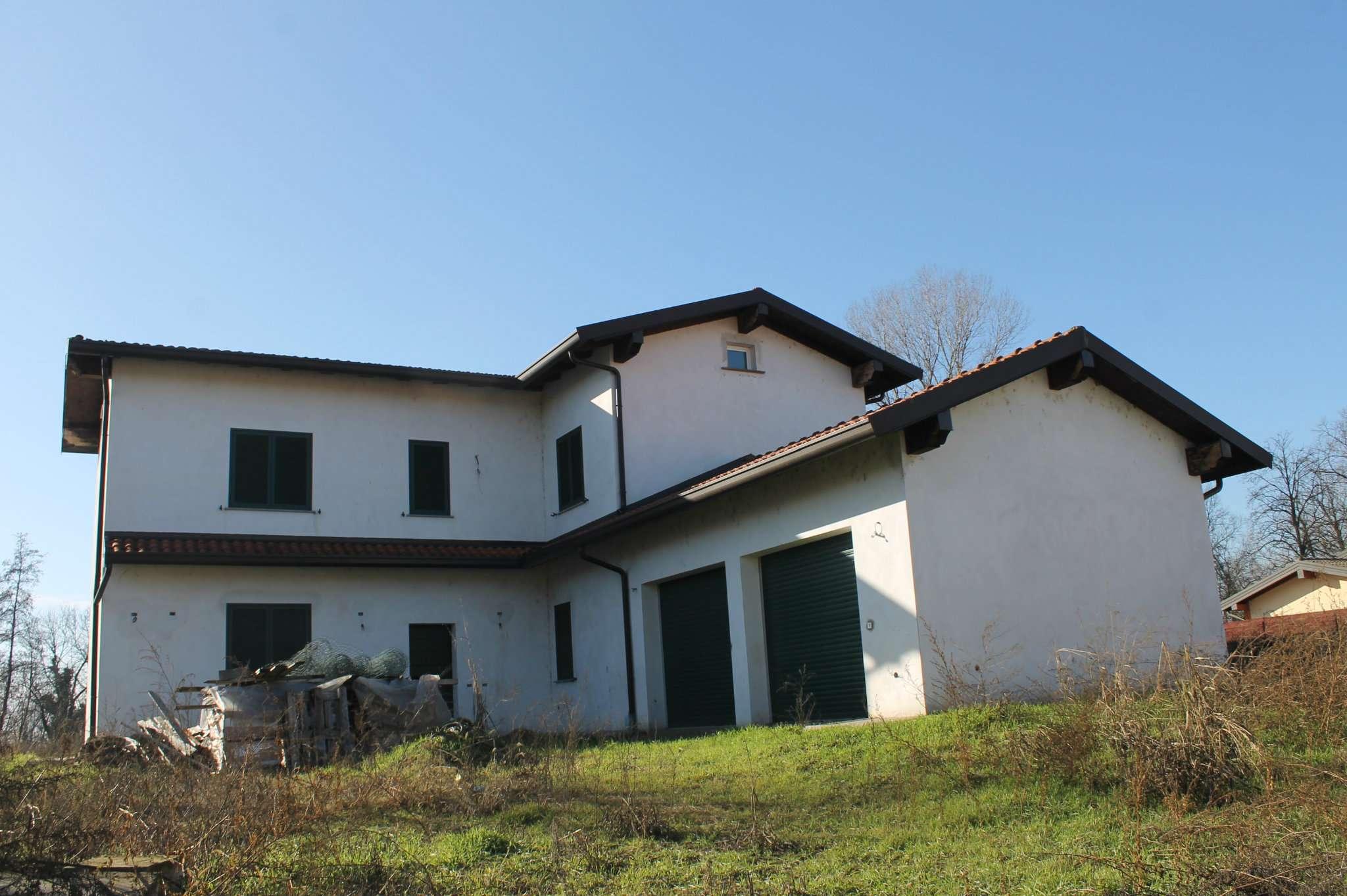 Villa in vendita a Bereguardo, 7 locali, prezzo € 430.000 | CambioCasa.it
