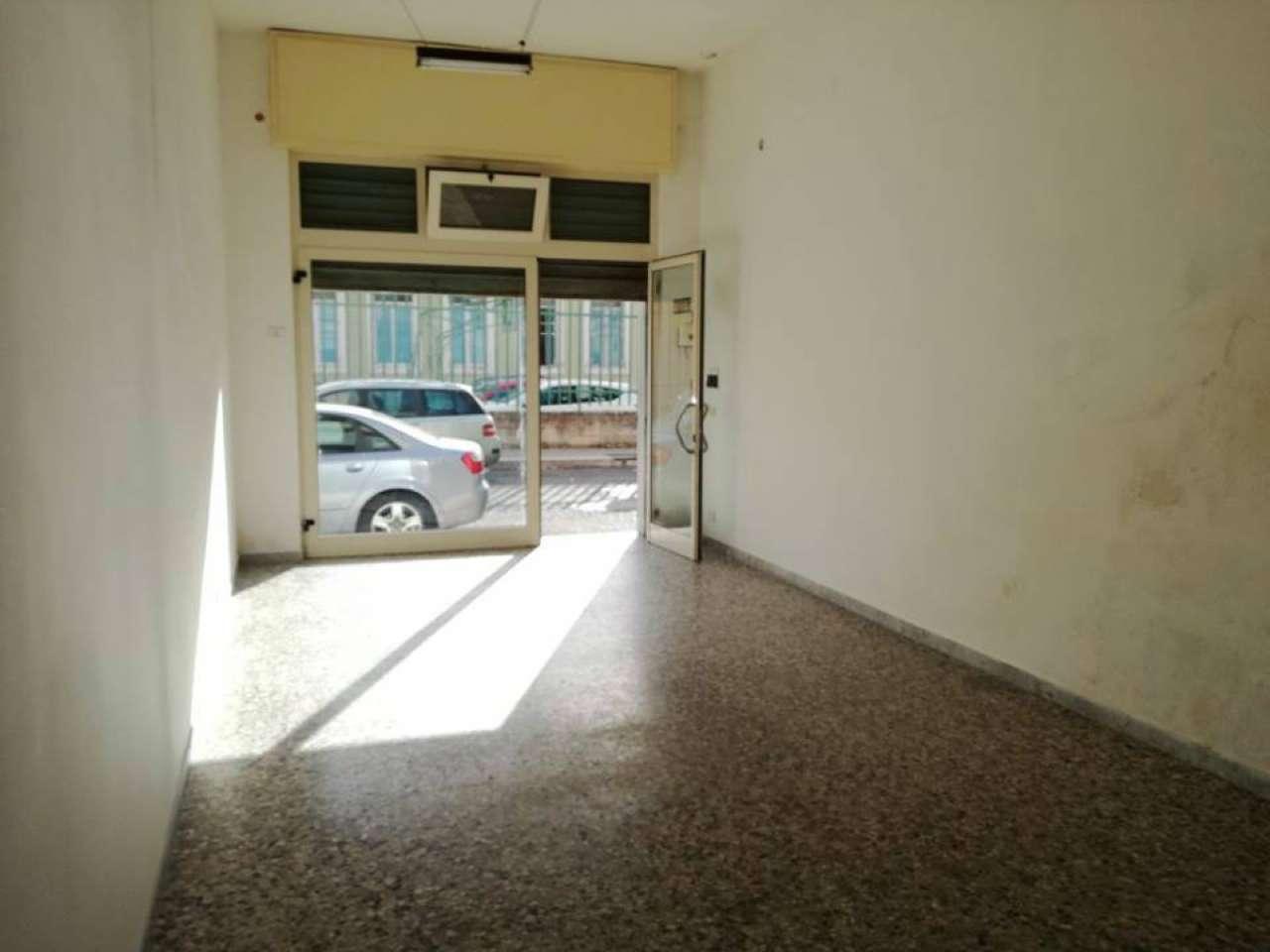 Negozio / Locale in vendita a Massafra, 2 locali, prezzo € 68.000 | CambioCasa.it