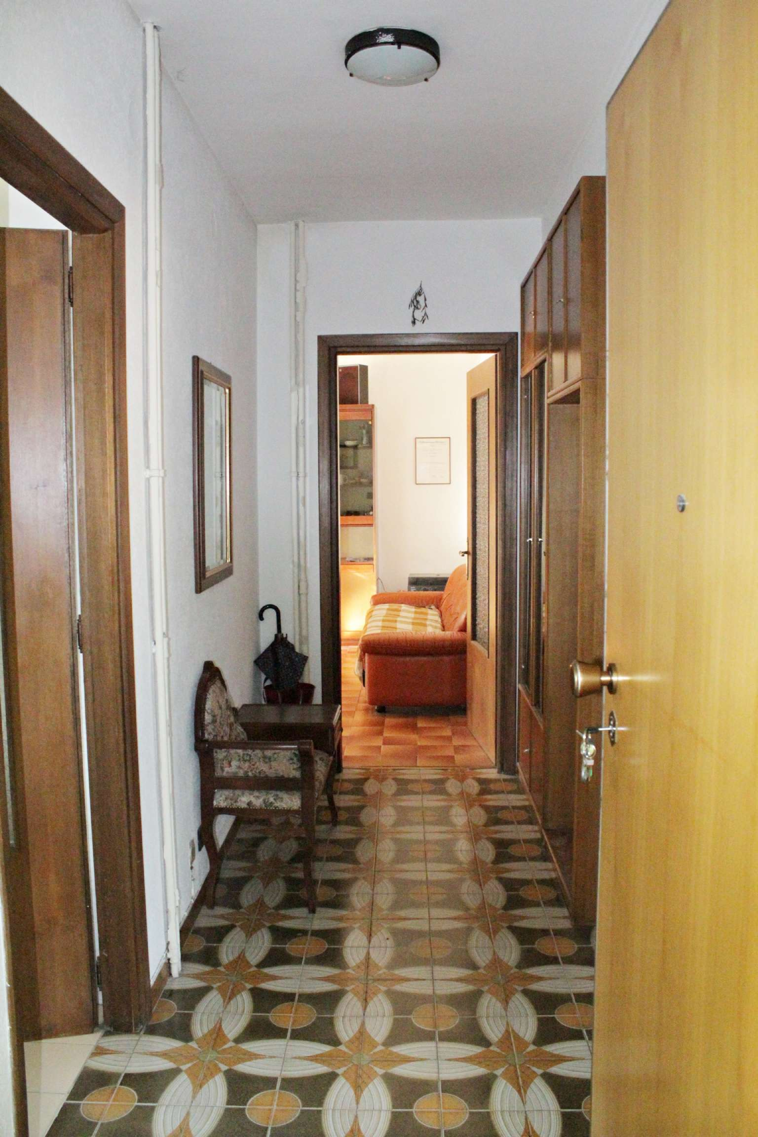 Appartamento in vendita a Aosta, 4 locali, prezzo € 145.000   CambioCasa.it