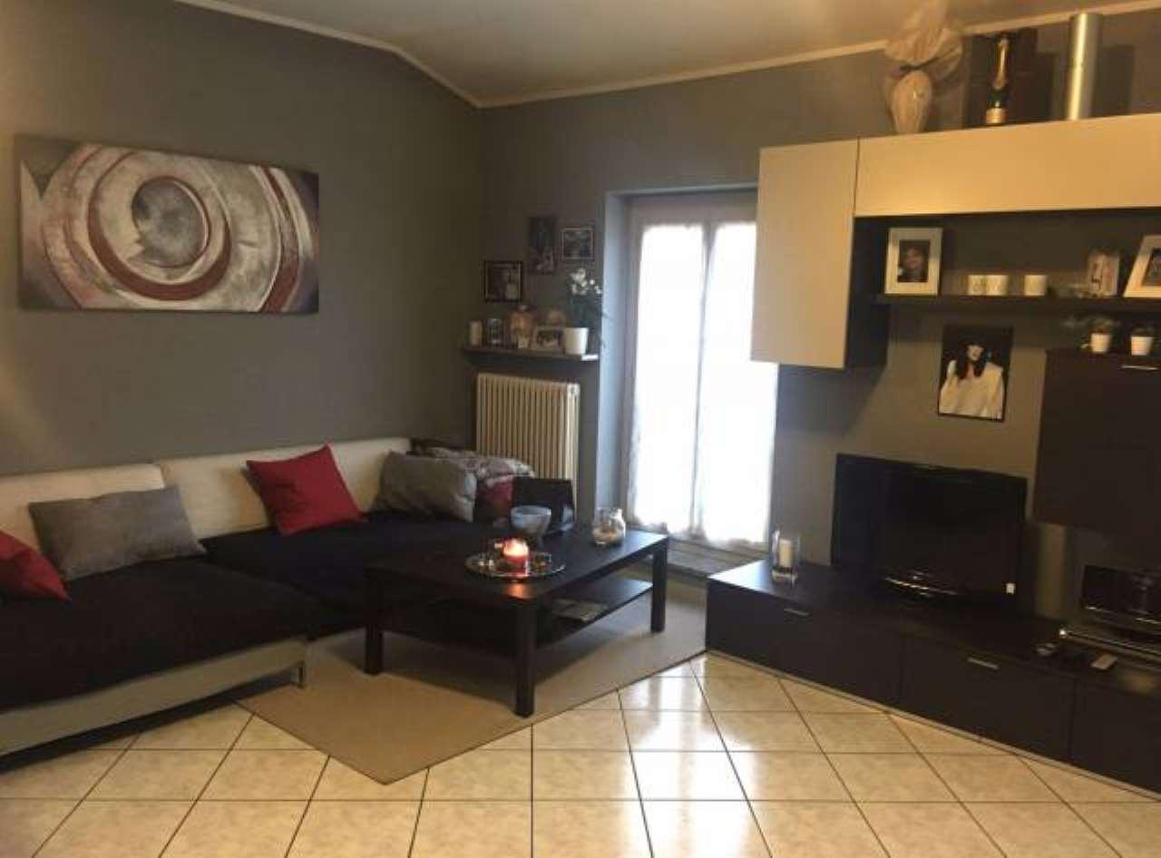 Appartamento in vendita a Cadeo, 3 locali, prezzo € 88.000   CambioCasa.it