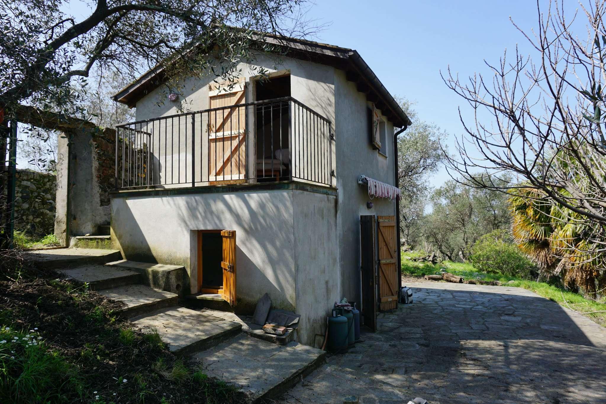 Casa indipendente bilocale in vendita a Levanto (SP)