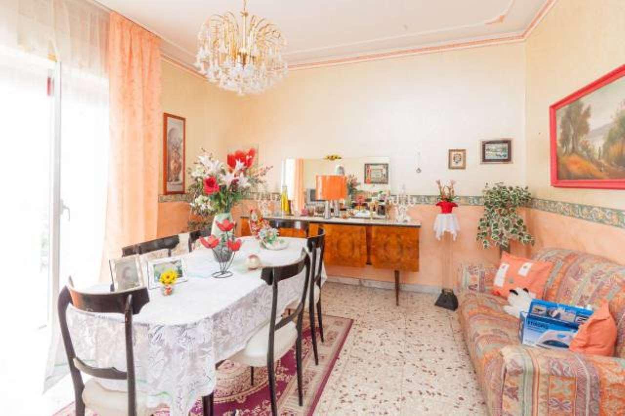 Appartamento quadrilocale in vendita a Acireale (CT)